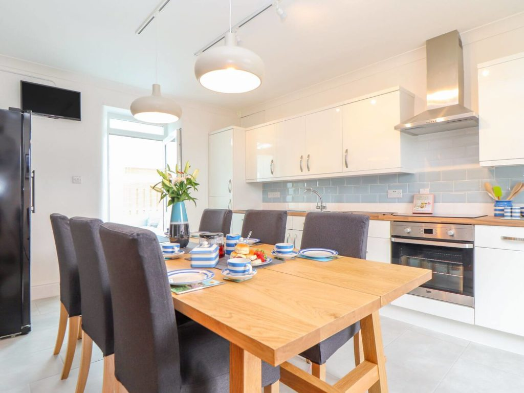 Heliview Cottage Kitchen