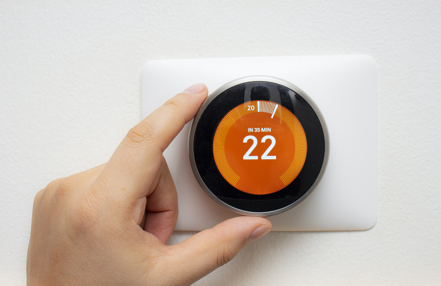 thermostat at your holiday home - keep your heating on