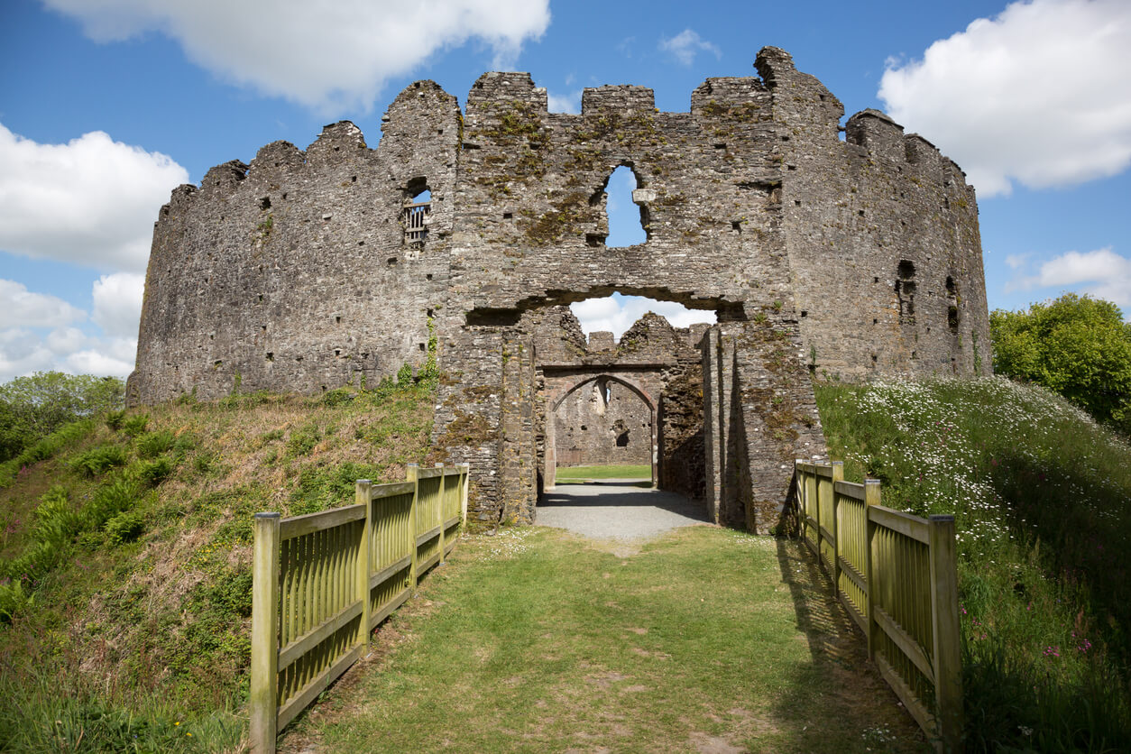 Castles in Cornwall - Restormel Castle