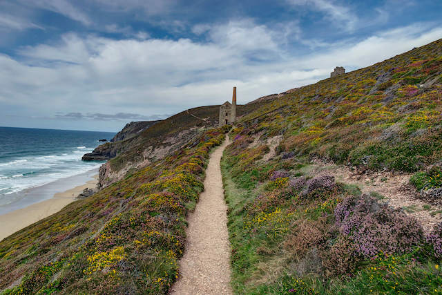 Best walks in Cornwall - St Agnes to Wheal Coates